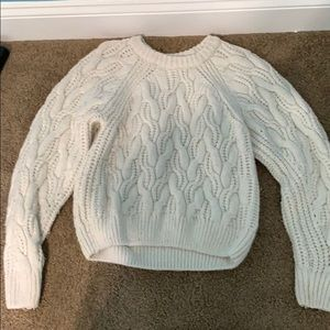 Cream/white chunky cable knit sweater
